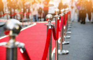 red carpet with celebrities with dental implants